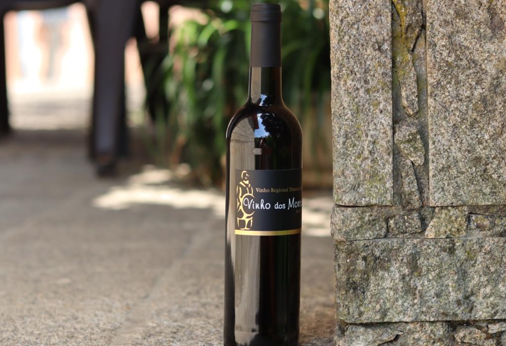 Vinho dos Mortos - Conheça a história viva desse vinho português.
